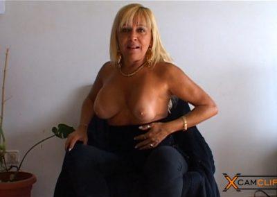 Barbara Blonde